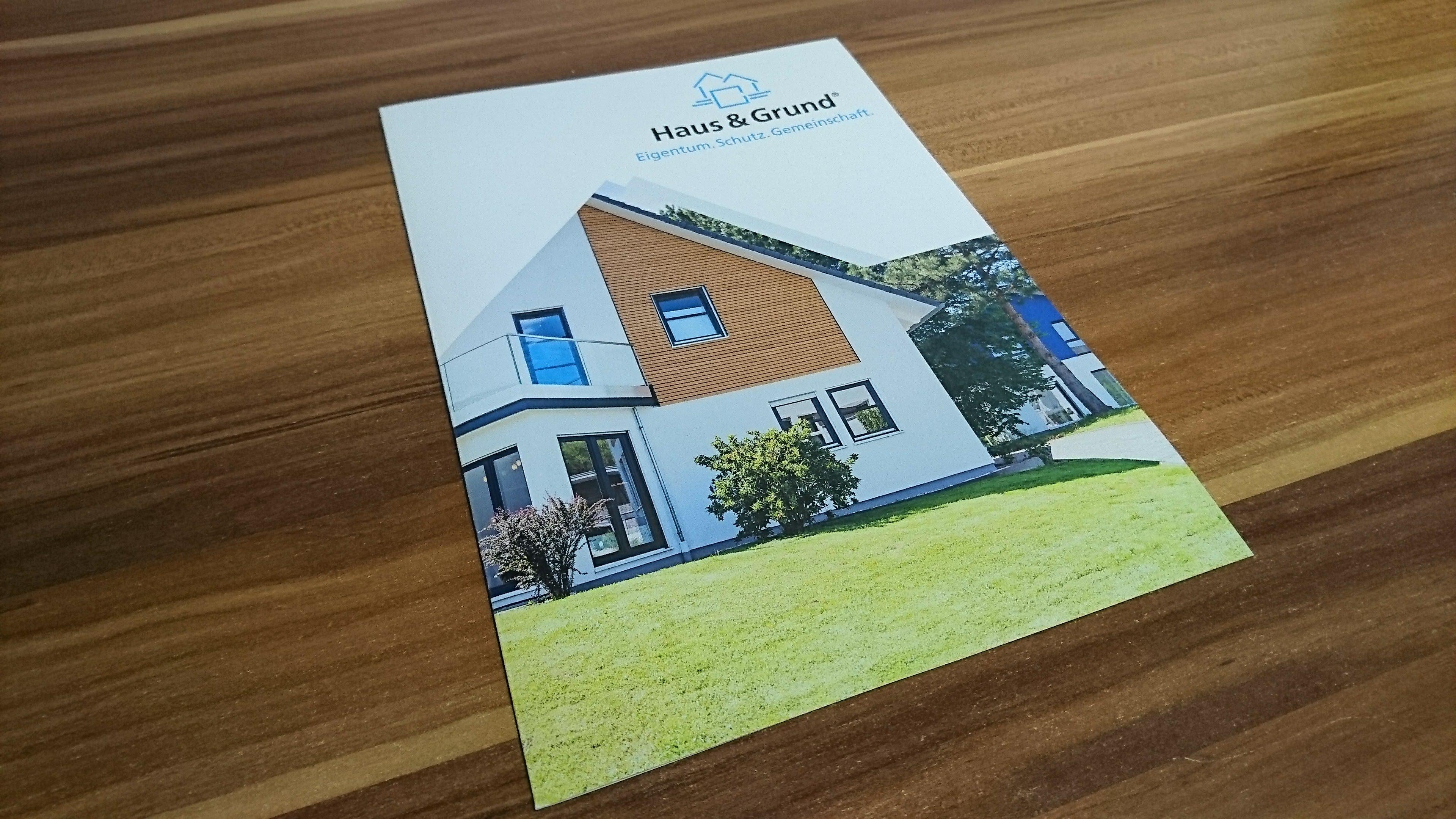 Finanz Kompass GmbH - Design Folder, Unternehmensbroschüre, Gestaltung